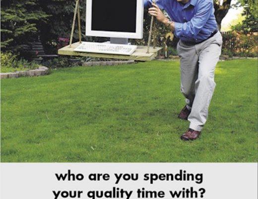 Plakat kampanii społecznej Zanim zostaniesz ojcem bądź mężczyzną. Źródło: www.kampaniespoleczne.pl